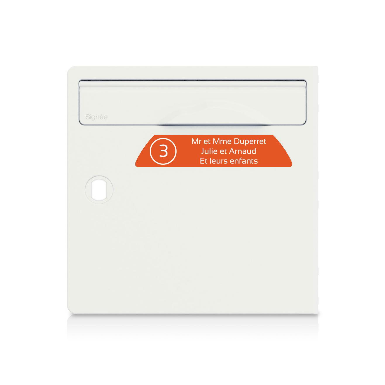 Plaque boite aux lettres Signée NUMERO orange lettres blanches - 3 lignes