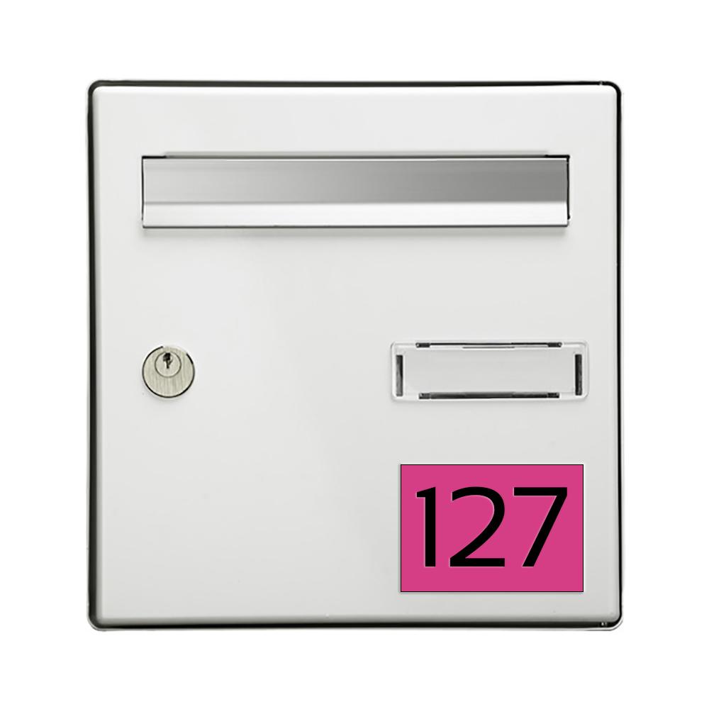 Numéro pour boite aux lettres personnalisable rectangle grand format (100x70mm) rose chiffres noirs