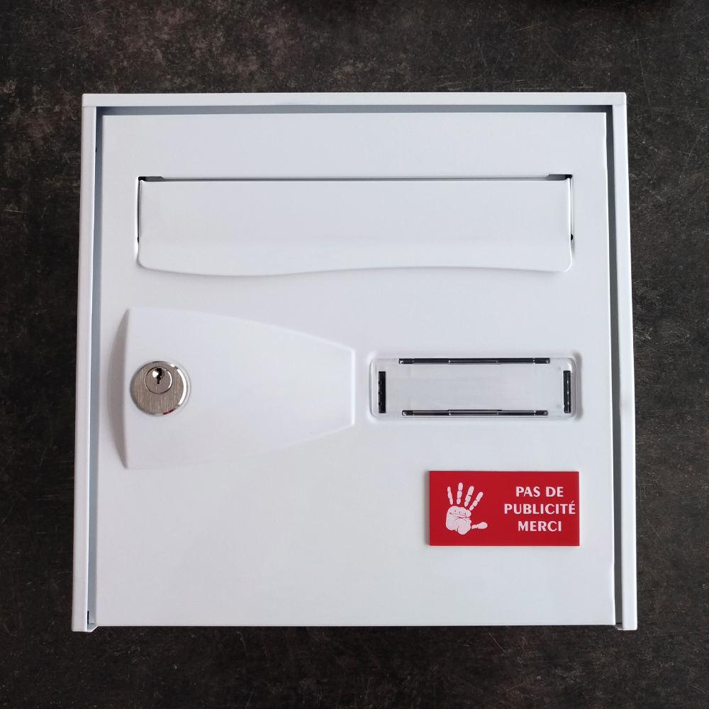 Plaque adhésive STOP PUB logo main pour boite aux lettres couleur rouge lettres blanches 8 x 4 cm - Gravure laser