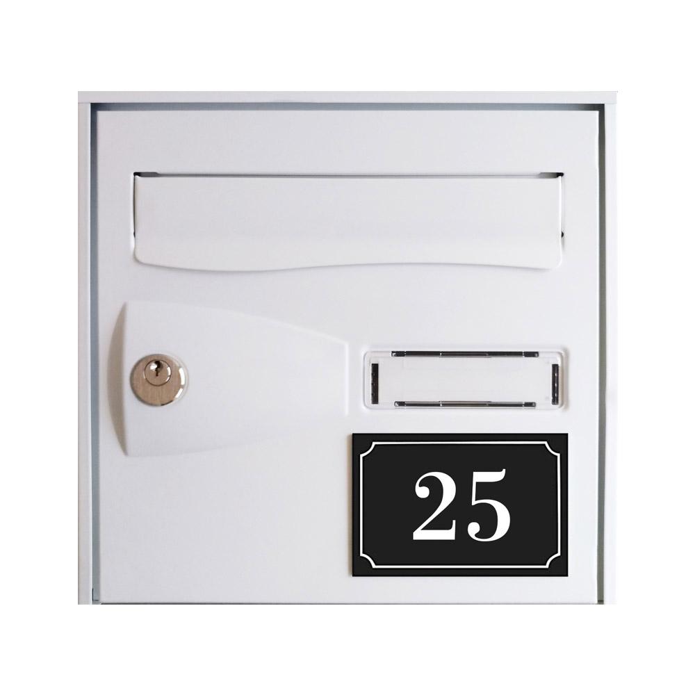Numéro de maison / rue gravé et personnalisé couleur noir chiffres blancs - Signalétique extérieure