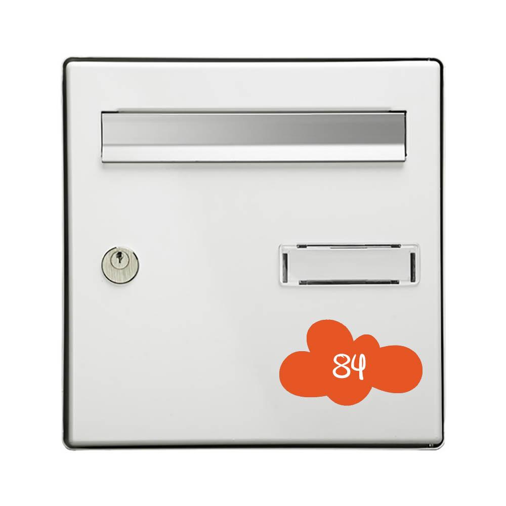 Numéro fantaisie personnalisable pour boite aux lettres couleur orange chiffres blancs - Modèle Nuage