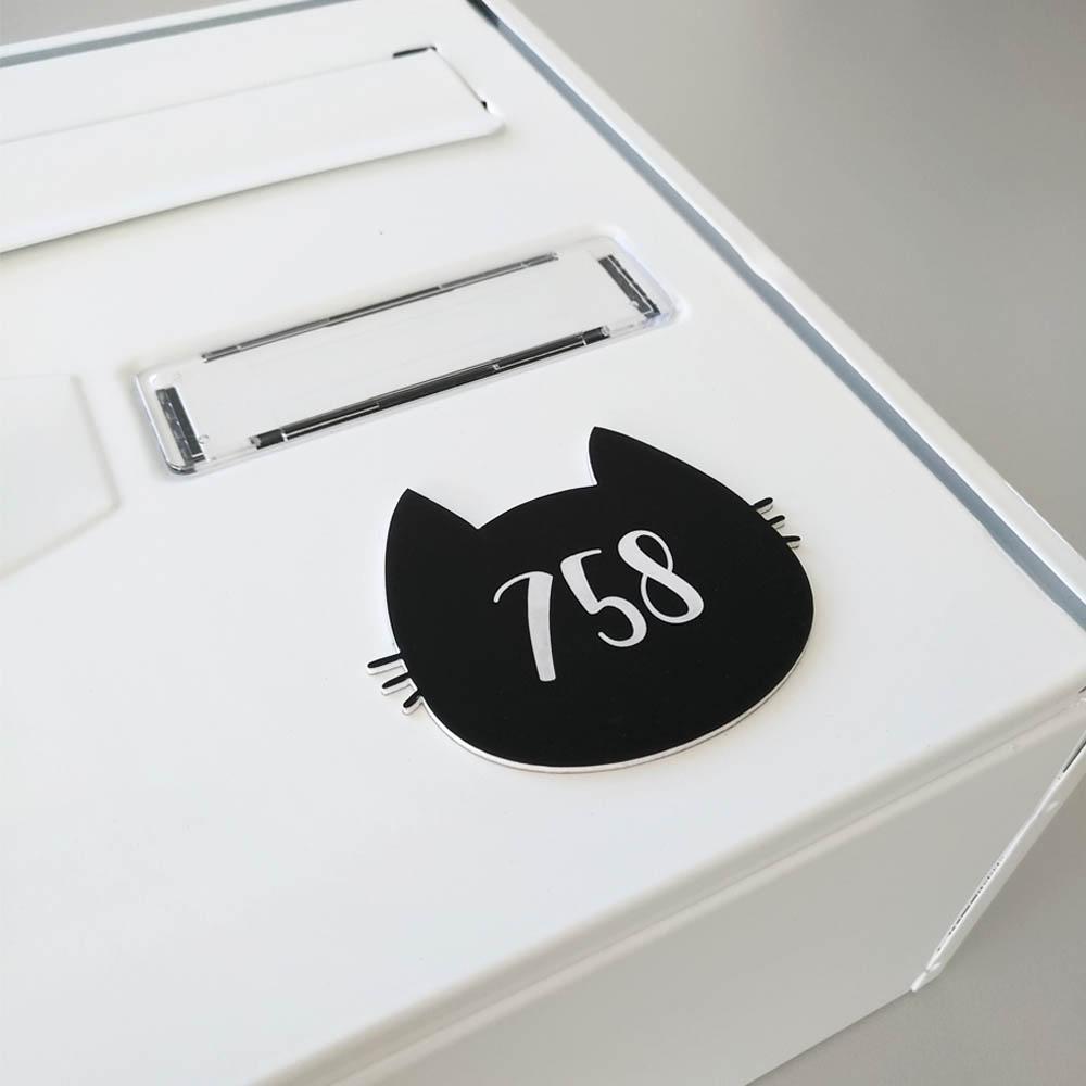 Numéro fantaisie personnalisable pour boite aux lettres couleur blanc chiffres noirs - Modèle Chat