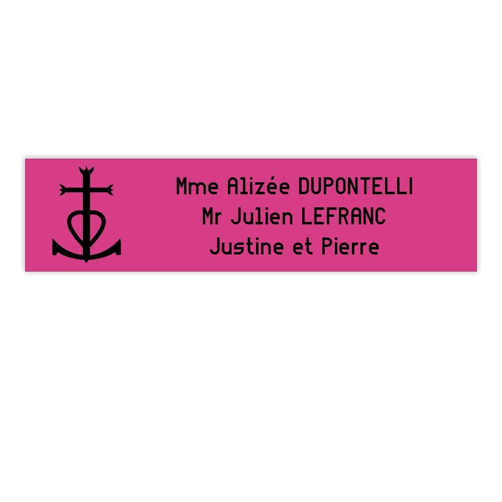 Plaque boite aux lettres format Decayeux CROIX CAMARGUAISE (100x25mm) rose lettres noires - 3 lignes