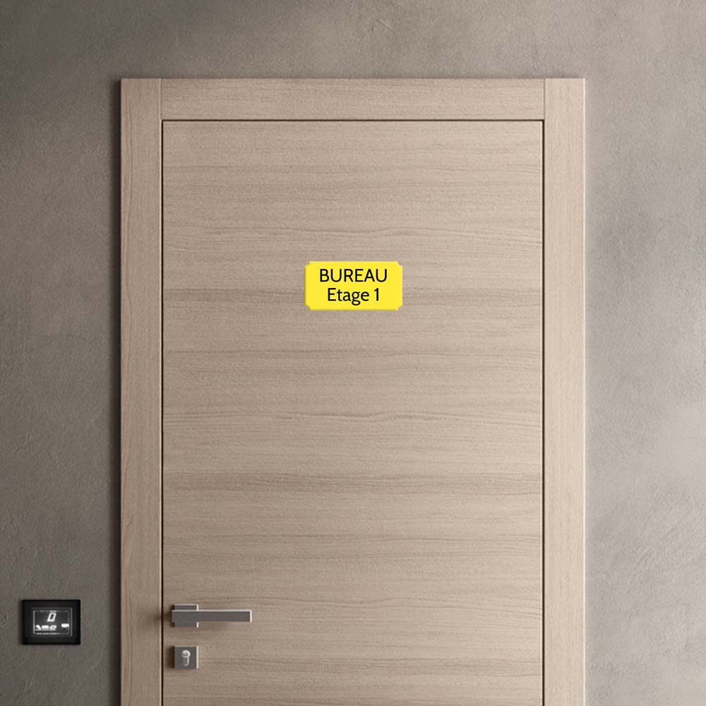 Plaque de porte gravée sur 1 à 2 lignes couleur jaune lettres noires - Rectangle classique 125 x 250 mm
