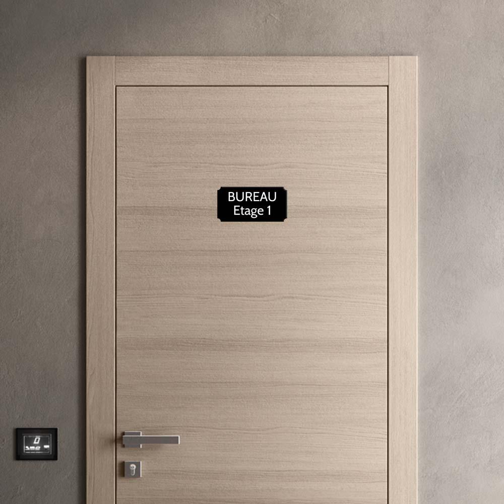 Plaque de porte gravée sur 1 à 2 lignes couleur noire lettres blanches - Rectangle classique 125 x 250 mm
