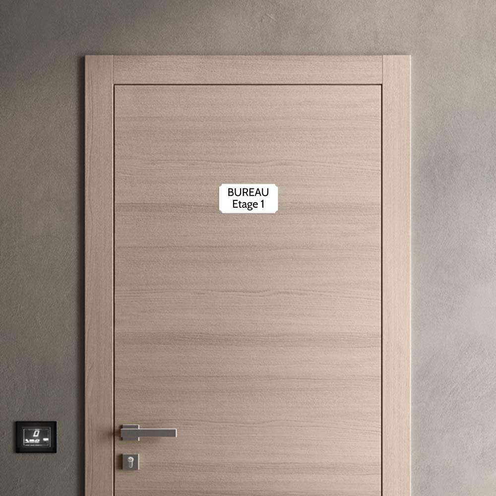 Plaque de porte gravée sur 1 à 2 lignes couleur blanche lettres noires - Format rectangle classique 100 x 200 mm