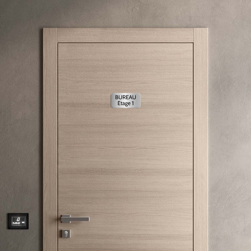 Plaque de porte gravée sur 1 à 2 lignes couleur gris argent lettres noires - Format rectangle classique 100 x 200 mm