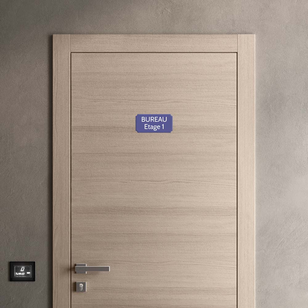 Plaque de porte gravée sur 1 à 2 lignes couleur violette lettres blanches - Rectangle classique 100 x 200 mm
