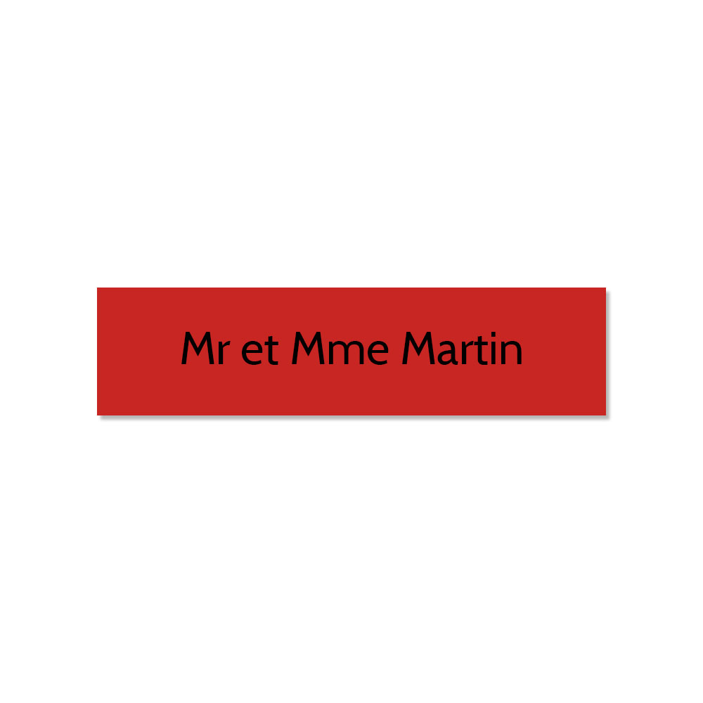 Plaque adhésive interphone ou sonnette 60 mm x 15 mm gravure personnalisée sur 1 ligne couleur rouge lettres noires