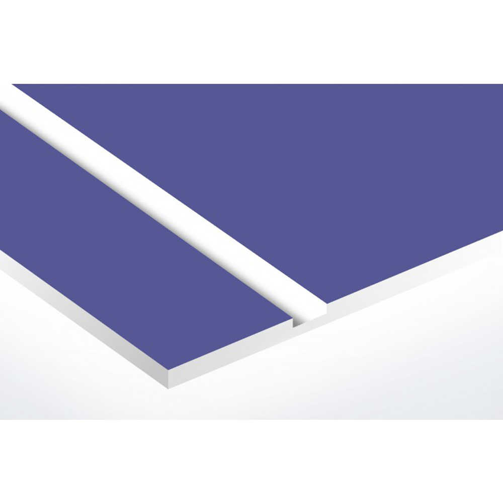 Plaque adhésive interphone ou sonnette 60 mm x 15 mm gravure personnalisée sur 2 lignes couleur violet lettres blanches