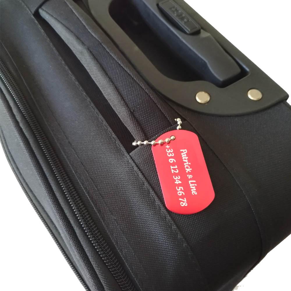 Etiquette de bagage personnalisée sur 1 à 3 lignes couleur Rouge en aluminium - Etiquette valise voyage personnalisable