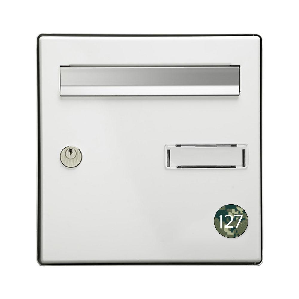 Numéro pour boite aux lettres personnalisable format rond diamètre 40 mm couleur Camo Vert chiffres blancs