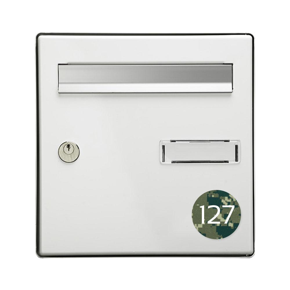 Numéro pour boite aux lettres personnalisable format rond diamètre 60 mm couleur Camo Vert chiffres blancs