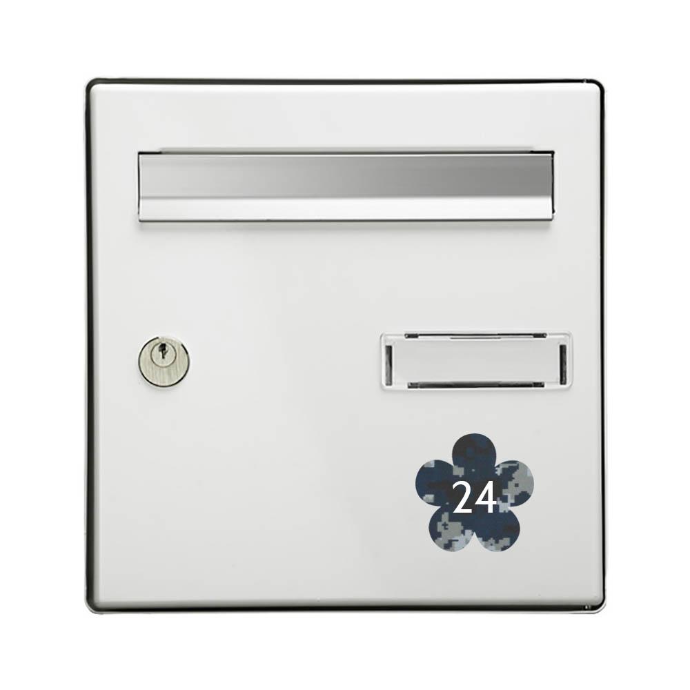 Numéro fantaisie personnalisable pour boite aux lettres couleur Camo Bleu chiffres blancs - Modèle Fleur