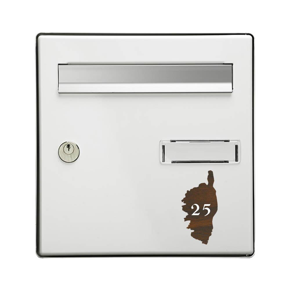 Numéro fantaisie personnalisable pour boite aux lettres couleur effet bois foncé chiffres blancs - Modèle région Corse