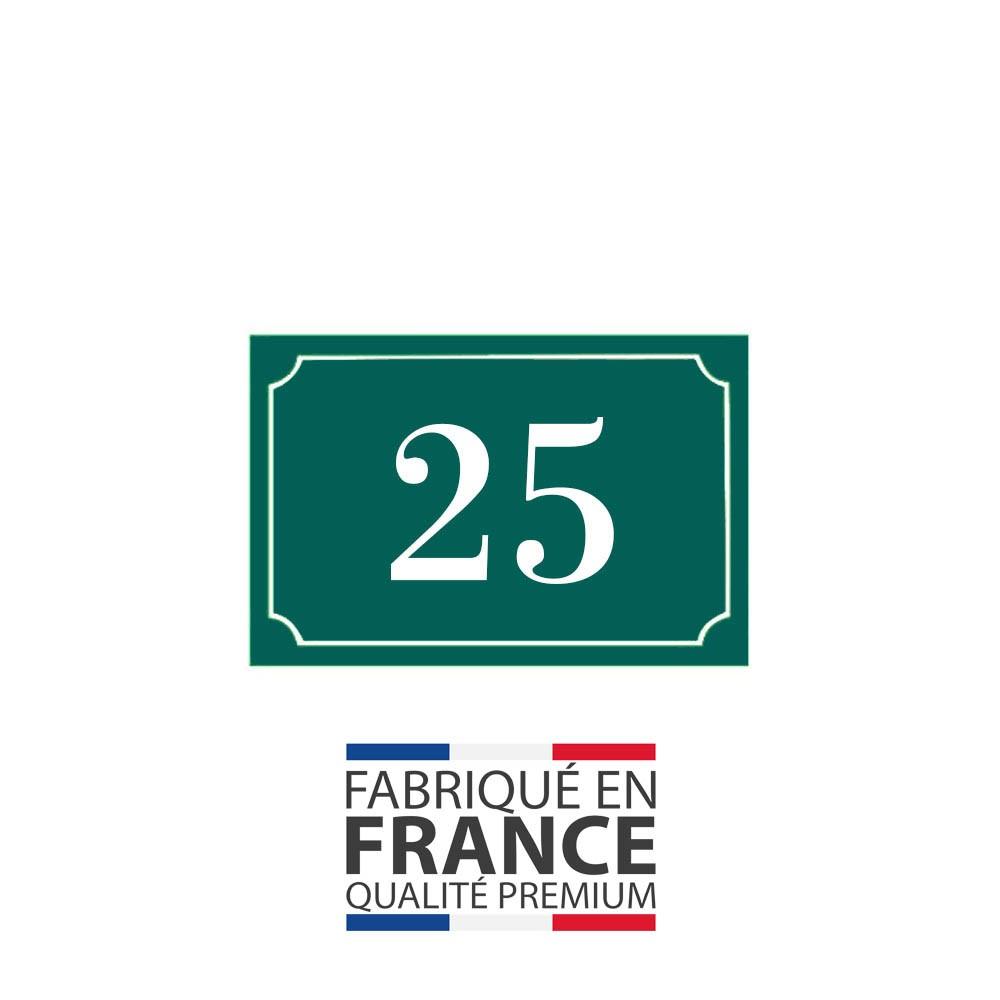 Numéro de maison / rue gravé et personnalisé couleur vert foncé chiffres blancs - Signalétique extérieure
