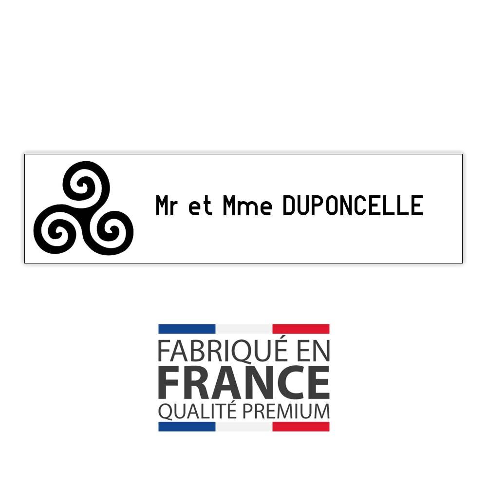 Plaque boite aux lettres format Decayeux TRISKELL (100x25mm) blanche lettres noires - 1 ligne