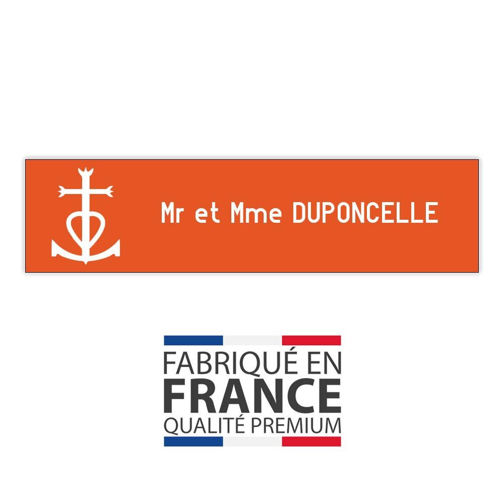 Plaque boite aux lettres format Decayeux CROIX CAMARGUAISE (100x25mm) orange lettres blanches - 1 ligne
