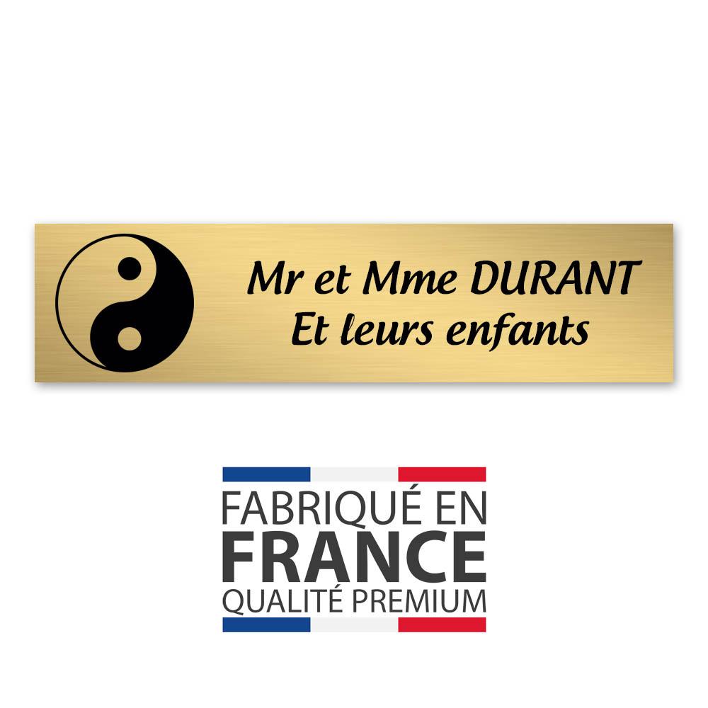 Plaque nom 2 lignes et symbole YIN YANG pour boite aux lettres type Decayeux (100x25mm) couleur or brossé