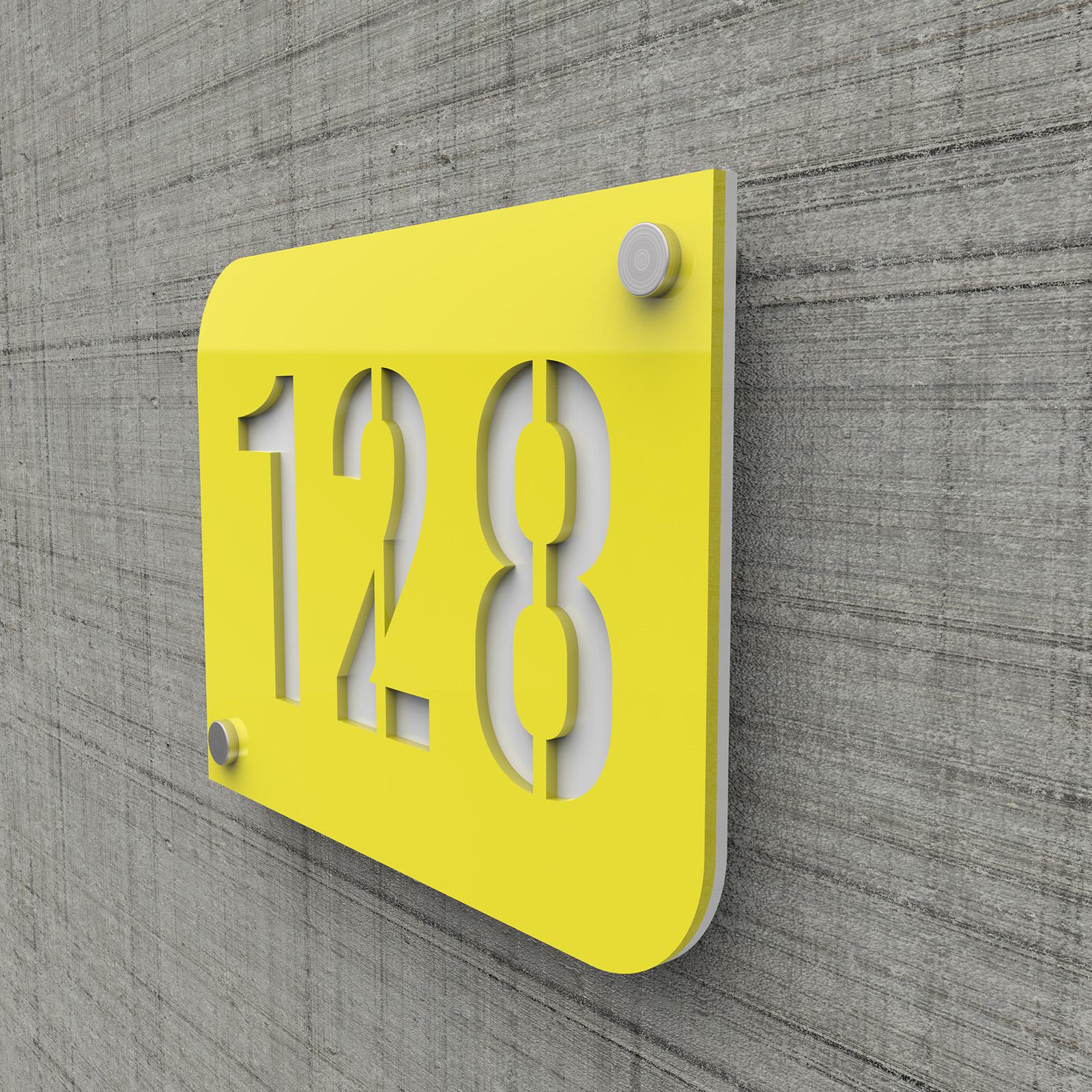 Plaque numéro de rue / maison jaune design avec fond personnalisable - Modèle URBAN