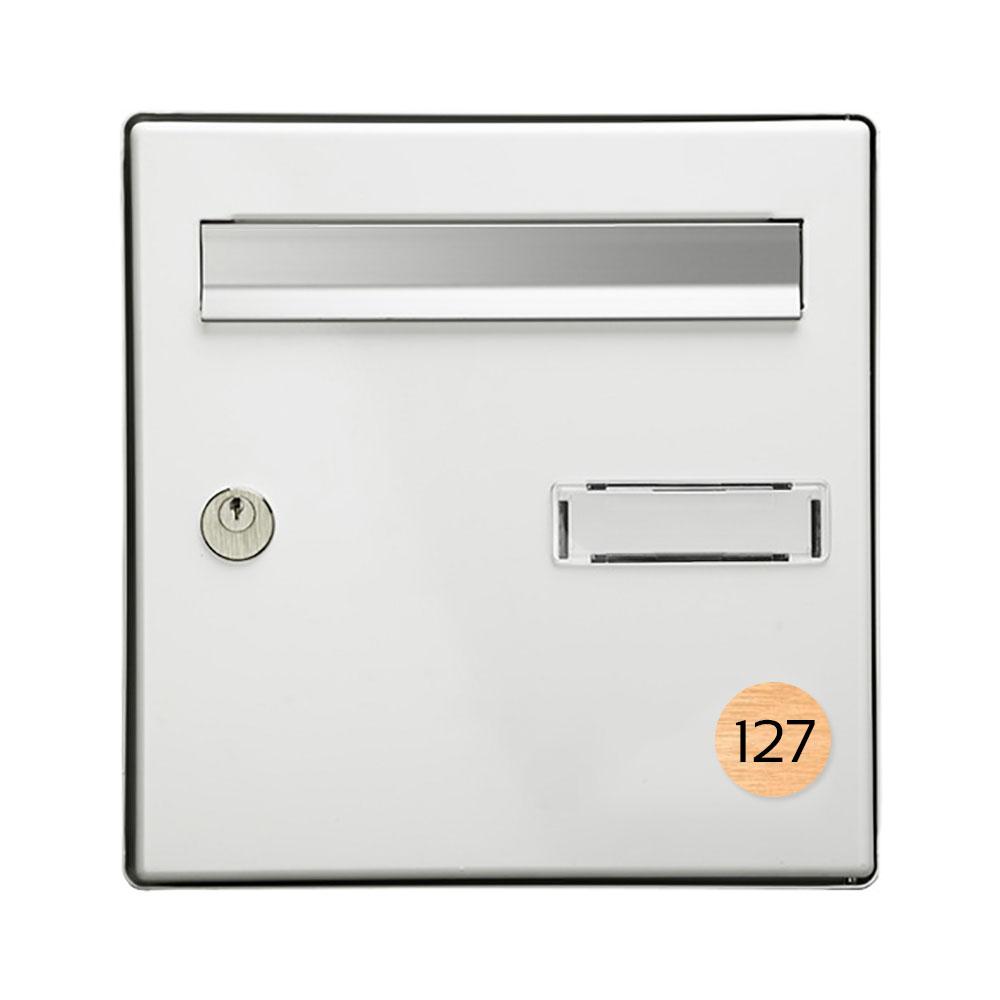 Numéro pour boite aux lettres personnalisable format rond diamètre 40 mm couleur cuivre chiffres noirs
