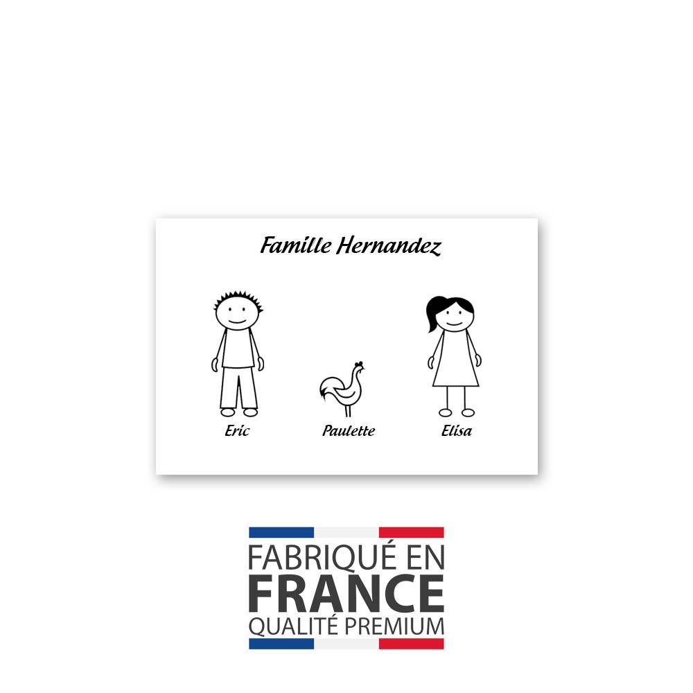 Plaque de maison Family personnalisée avec 3 membres pour boite aux lettres - Format 12x8 cm - Couleur blanche / noire