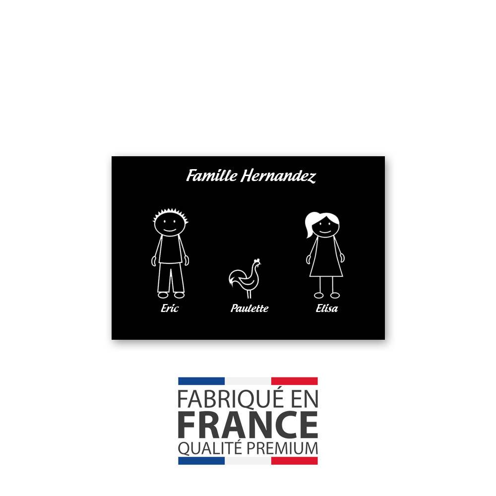 Plaque de maison Family personnalisée avec 3 membres pour boite aux lettres - Format 12x8 cm - Couleur noire