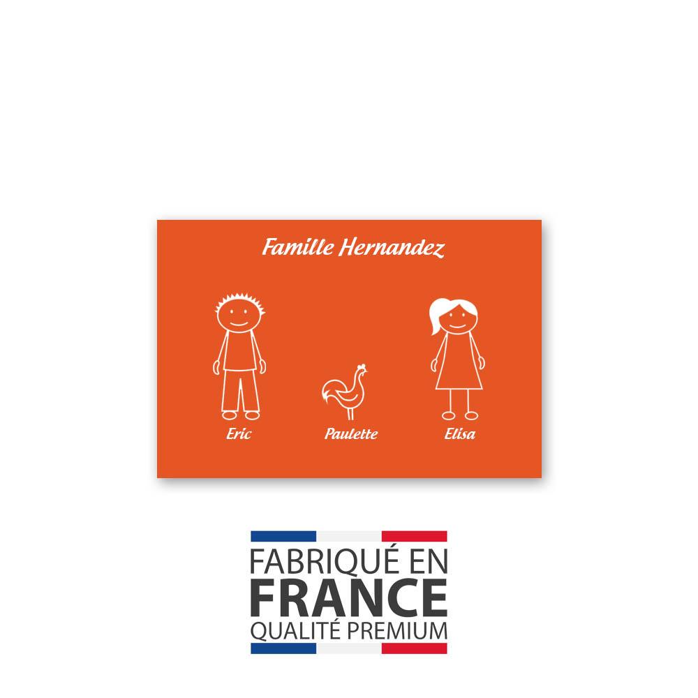 Plaque de maison Family personnalisée avec 3 membres pour boite aux lettres - Format 12x8 cm - Couleur orange