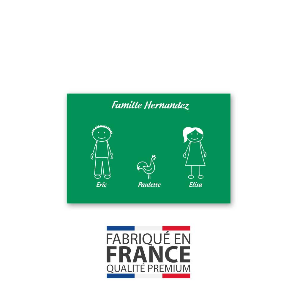 Plaque de maison Family personnalisée avec 3 membres pour boite aux lettres - Format 12x8 cm - Couleur vert clair