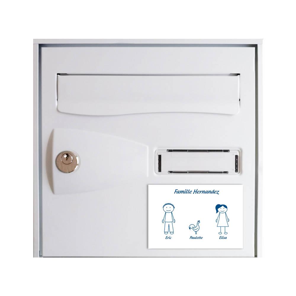 Plaque de maison Family personnalisée avec 3 membres pour boite aux lettres - Format 12x8 cm - Couleur blanche / bleue