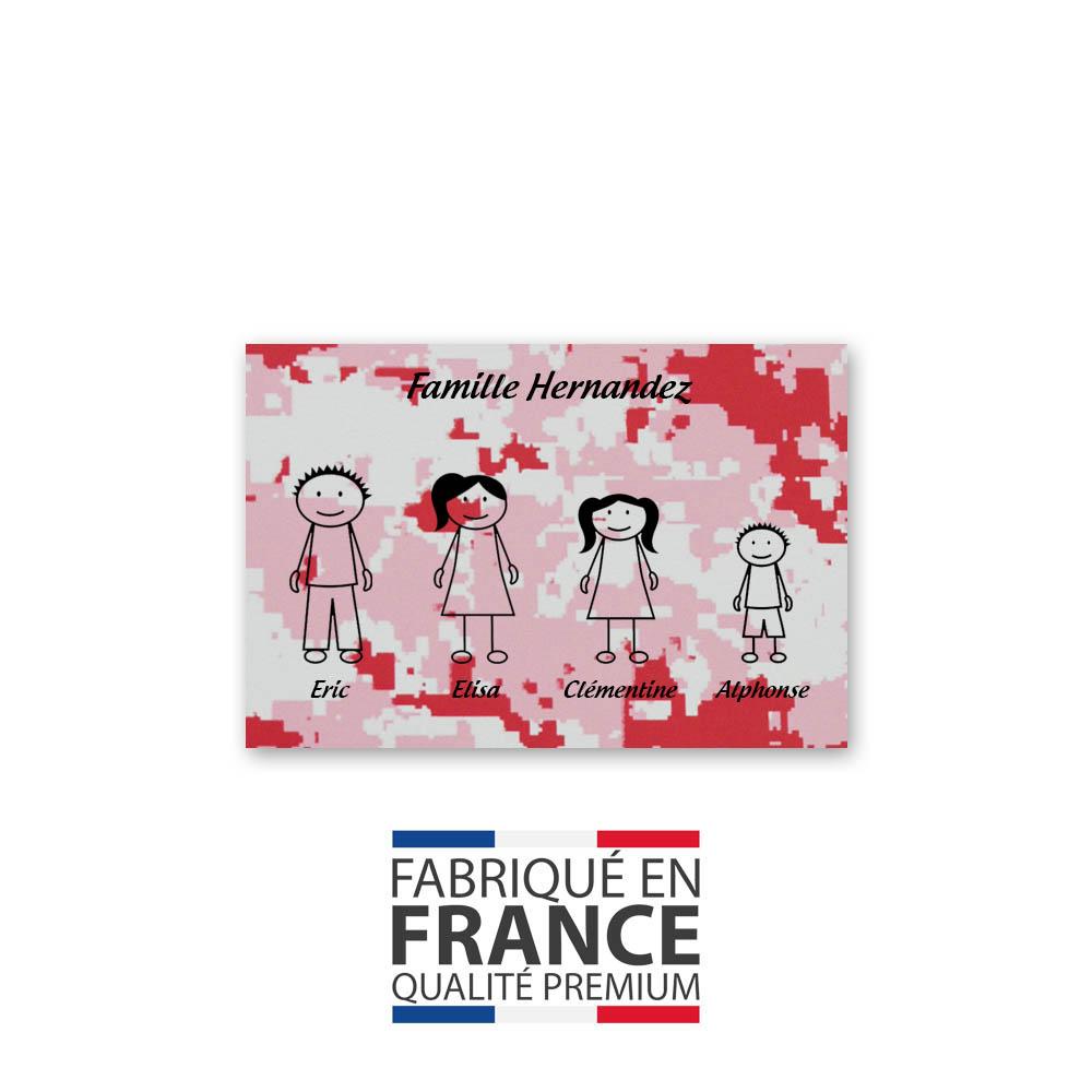Plaque de maison Family personnalisée avec 4 membres pour boite aux lettres - Format 12x8 cm - Effet camouflage rose