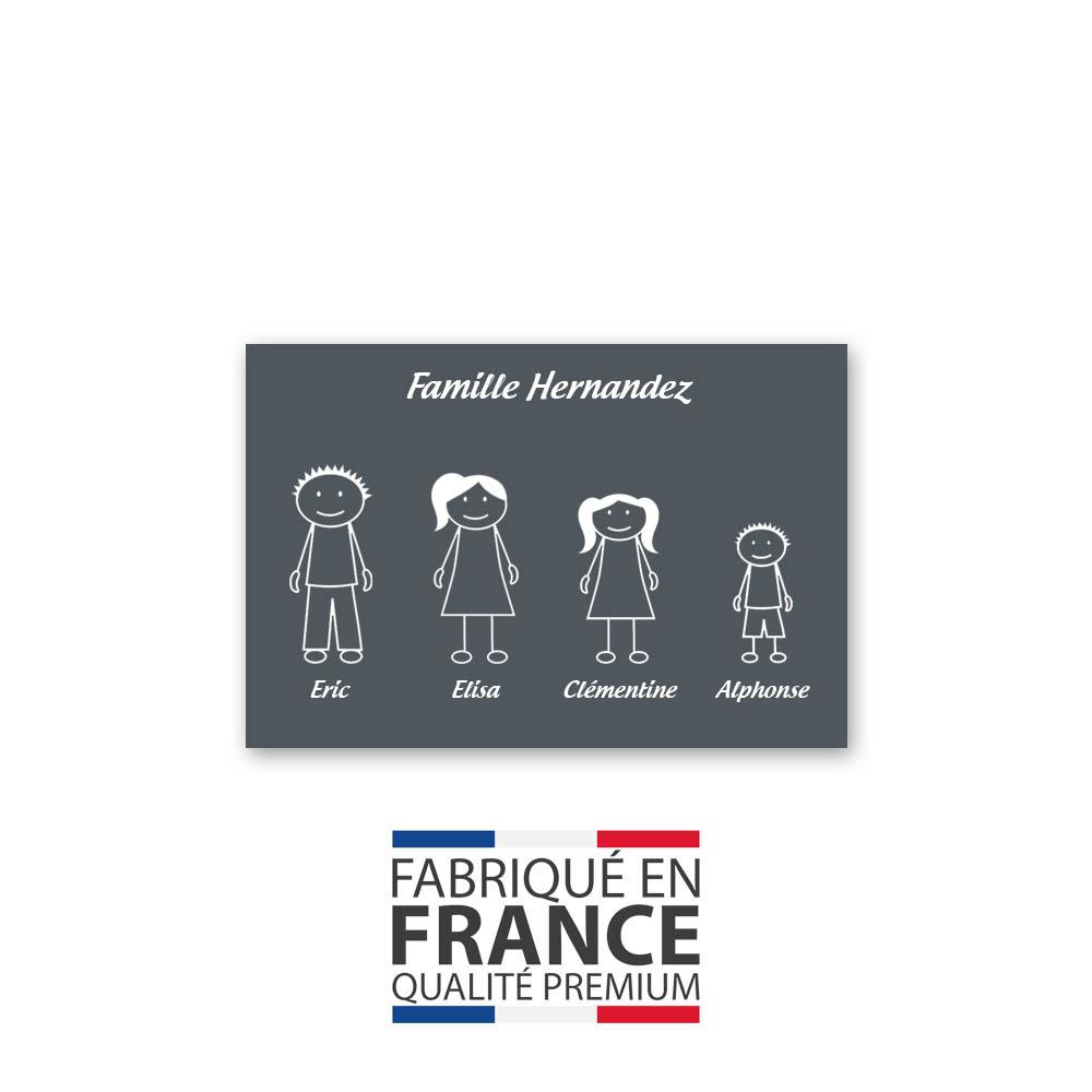 Plaque de maison Family personnalisée avec 4 membres pour boite aux lettres - Format 12x8 cm - Couleur grise