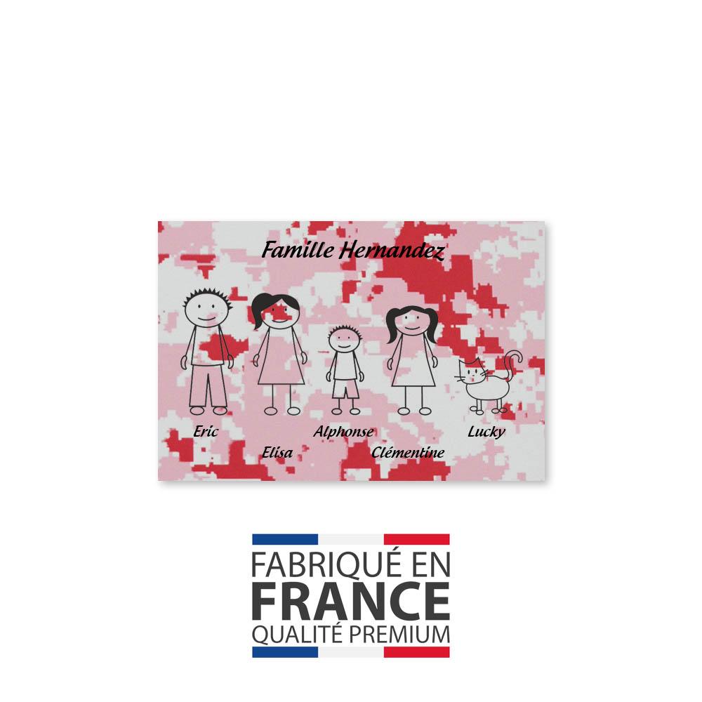 Plaque de maison Family personnalisée avec 5 membres pour boite aux lettres - Format 12x8 cm - Effet camouflage rose
