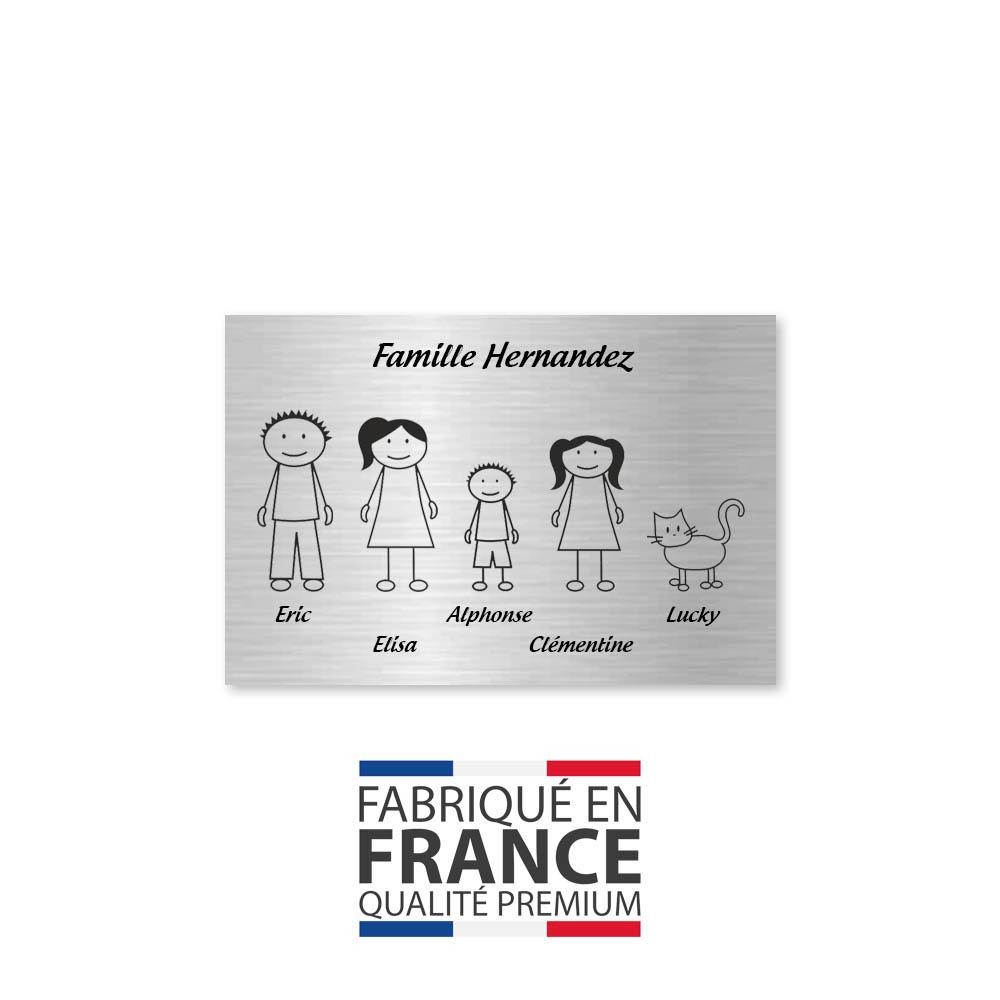 Plaque de maison Family personnalisée avec 5 membres pour boite aux lettres - Format 12x8 cm - Couleur argent