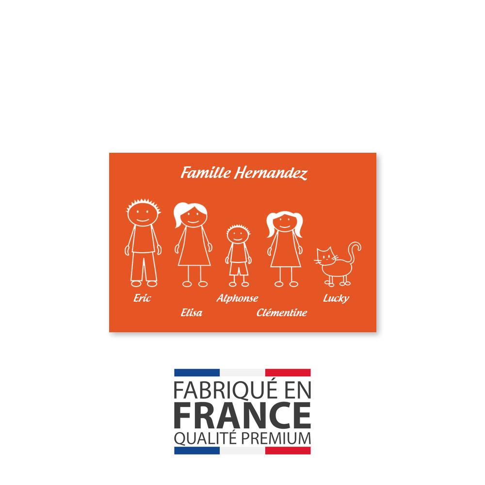 Plaque de maison Family personnalisée avec 5 membres pour boite aux lettres - Format 12x8 cm - Couleur orange