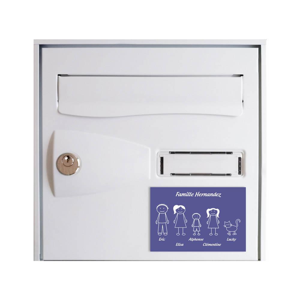 Plaque de maison Family personnalisée avec 5 membres pour boite aux lettres - Format 12x8 cm - Couleur violette