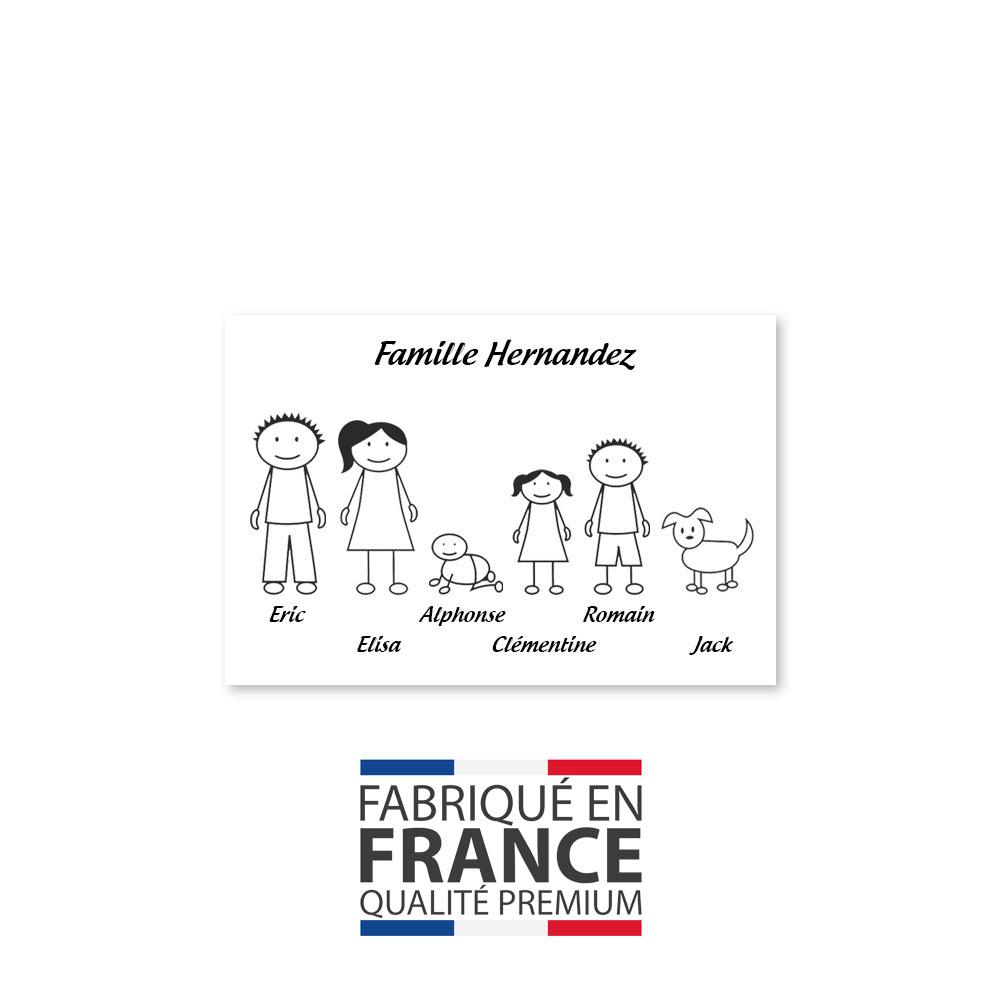 Plaque de maison Family personnalisée avec 6 membres pour boite aux lettres - Format 12x8 cm - Couleur blanche / noire