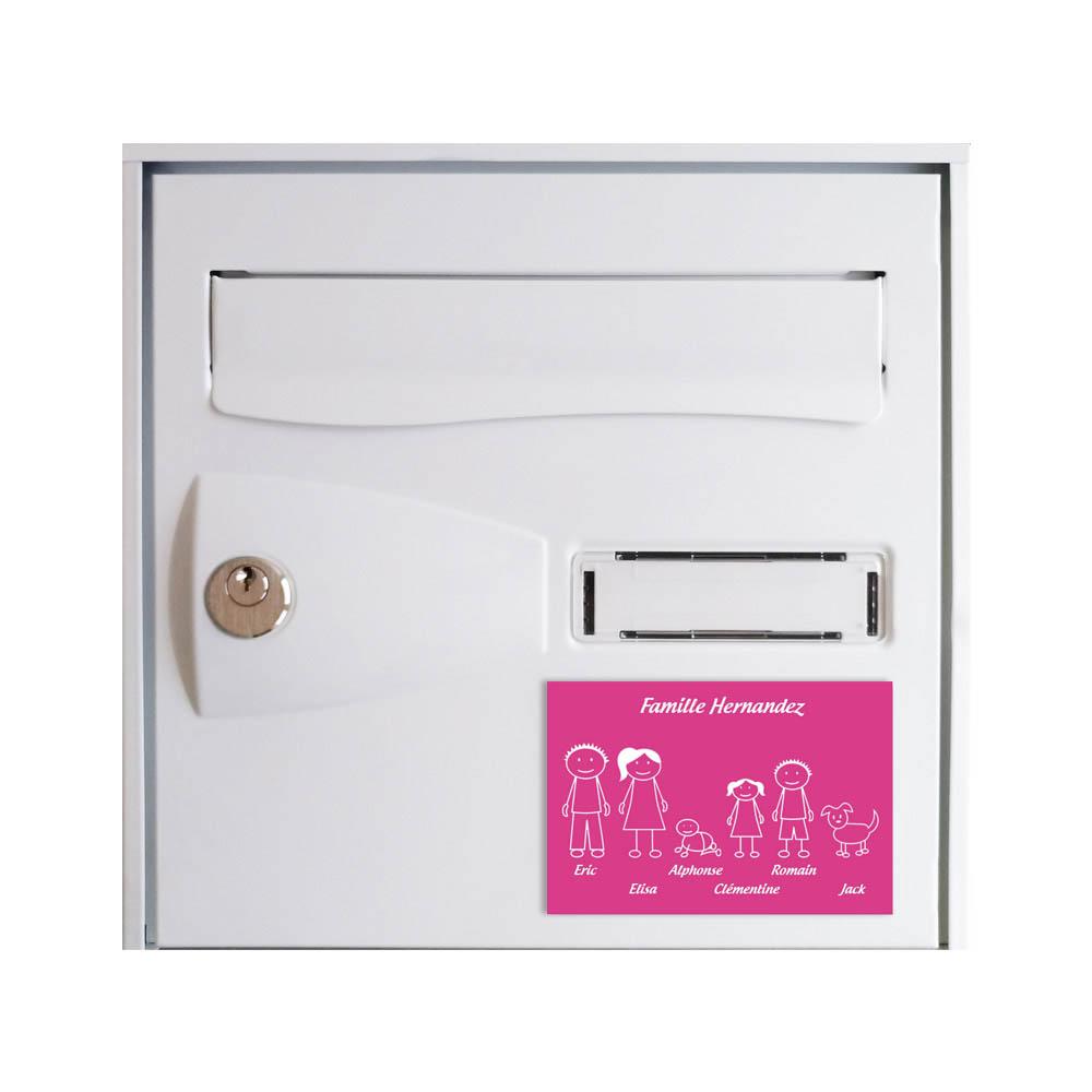 Plaque de maison Family personnalisée avec 6 membres pour boite aux lettres - Format 12x8 cm - Couleur Rose / blanc